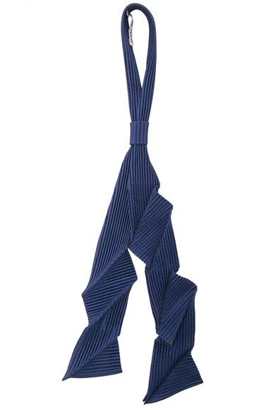 Issey Miyake Homme Plisse Pleats Tie in Navy