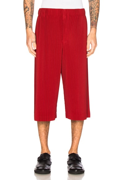 Issey Miyake Homme Plisse Shorts in Energy Red