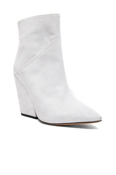 Suede Lasdia Boots