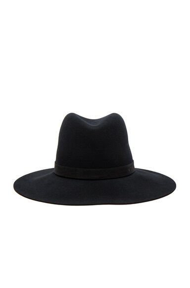 Ila Hat