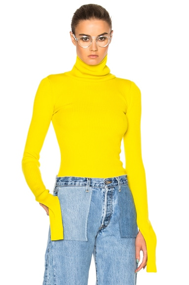 JACQUEMUS Cut Sleeve Sweater in Yellow