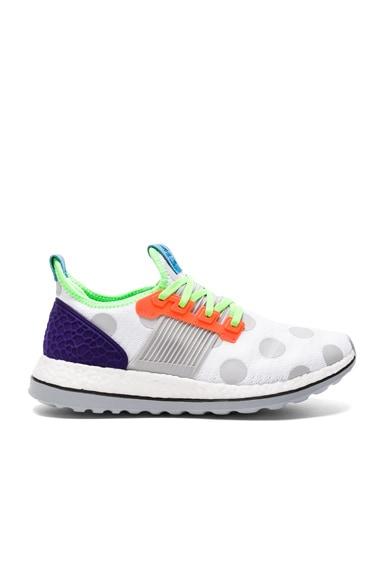 x Adidas Pure Boost