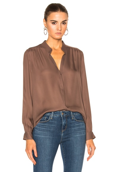 L'AGENCE Bianca Band Collar Blouse in Peppercorn