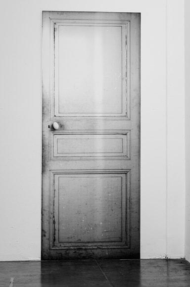 Maison Margiela Francaise Door Adhesive in Black & White