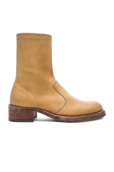 Maison Margiela Leather Replica Boots in Camel