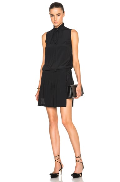 No. 21 Sleeveless Crepe De Chine Dress in Black