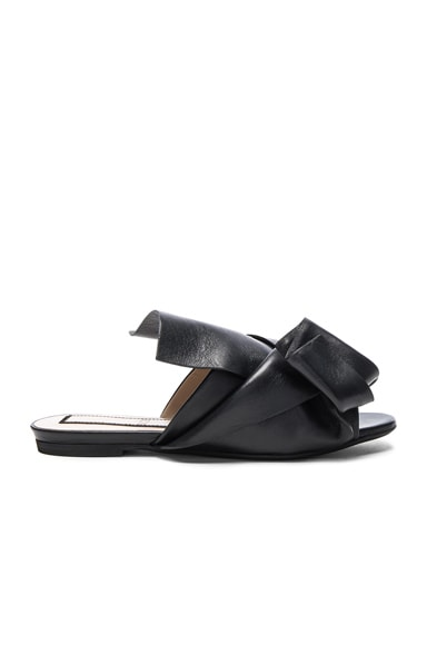 No. 21 Knot Front Leather Sandals in Black Leather