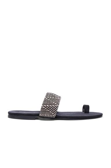 Roma V Sandals Black & Off White Chevron