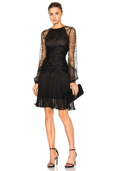 Oscar de la Renta Lace Dress in Black