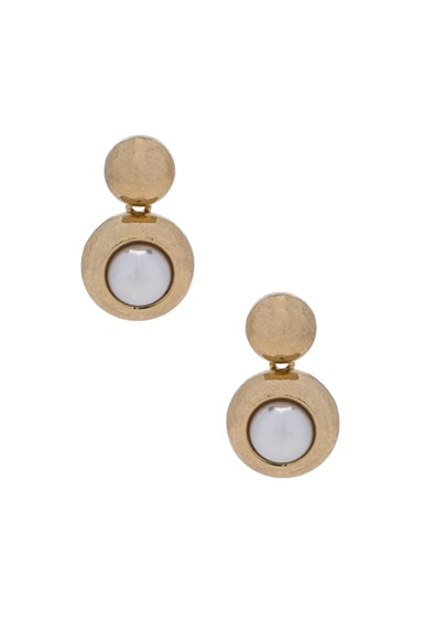 Oscar de la Renta Pearl Earrings in Light Gold