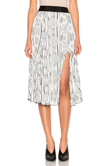 Wavy Rib Jersey Pleated Skirt