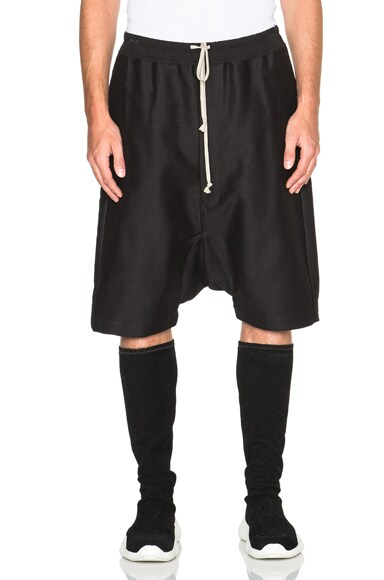 Rick Owens Pod Shorts in Black