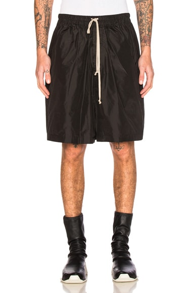 Rick Owens Faun Jumbo Shorts in Black