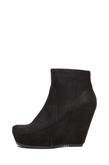 Distressed Leather Basic Wedge Bootie
