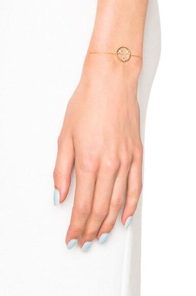 9 Karat XOXO Bracelet