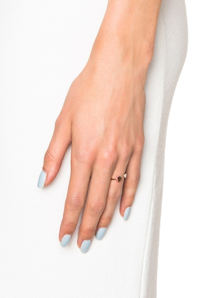 18 Karat Flutter Heart Ring