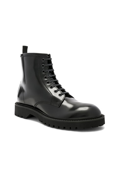 Leather William 25 Lace-Up Wingtip Boots