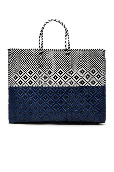 Truss FWRD Exclusive Large Tote in Navy & White