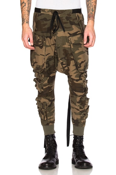 Unravel Parachute Cargo Pants in Camo