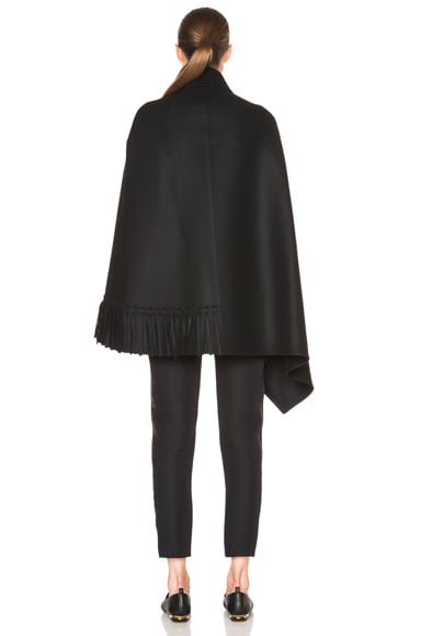 Smooth Felt Tassel Cape
