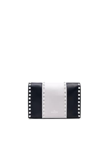 Medium Free White Rockstud Shoulder Bag