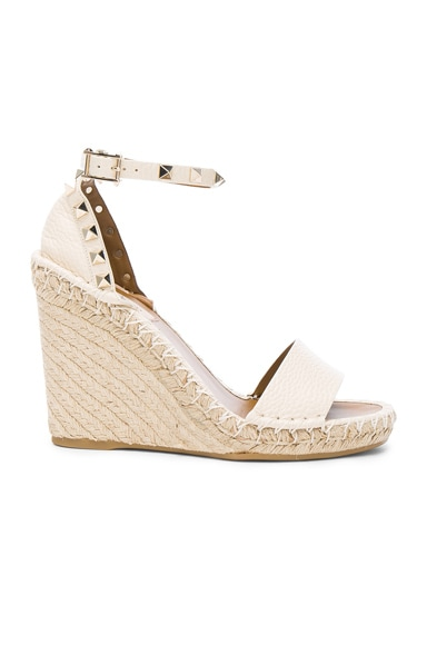 Valentino Leather Rockstud Espadrilles in Light Ivory