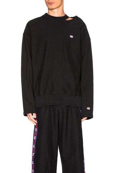 VETEMENTS x Champion Cut Out Neckline Sweatshirt in Black
