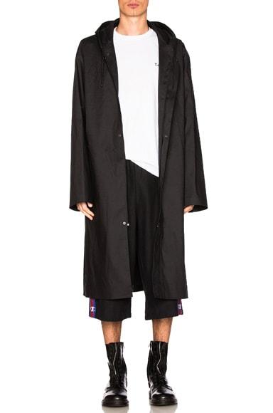 VETEMENTS x Mackintosh Raincoat in Black