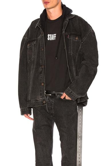 VETEMENTS x Levis Oversized Denim Jacket in Black