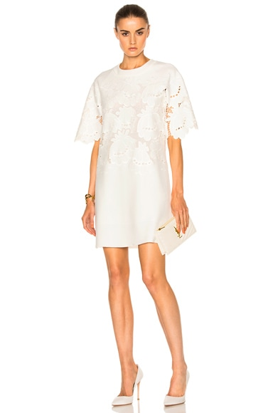 Victoria Victoria Beckham Delft Embroidered Shift in Ivory