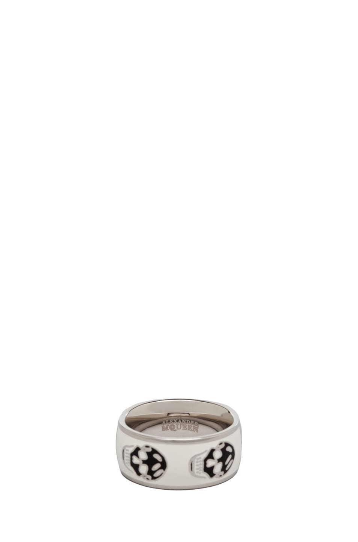 Image 3 of Alexander McQueen Enamel Ring in White & Black