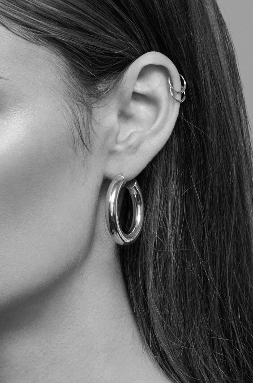 Image 4 of ERTH 14K Gold Hoop XXX Earring in Gold