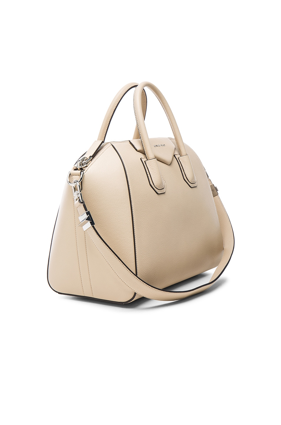 Image 4 of Givenchy Medium Antigona in Beige Buff