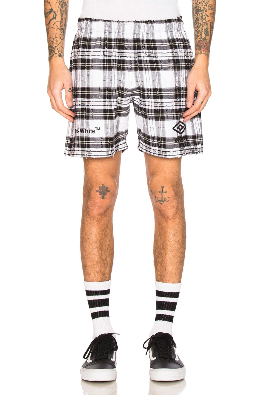 X Umbro Shorts In White, Checkered & Plaid, Black., White Check