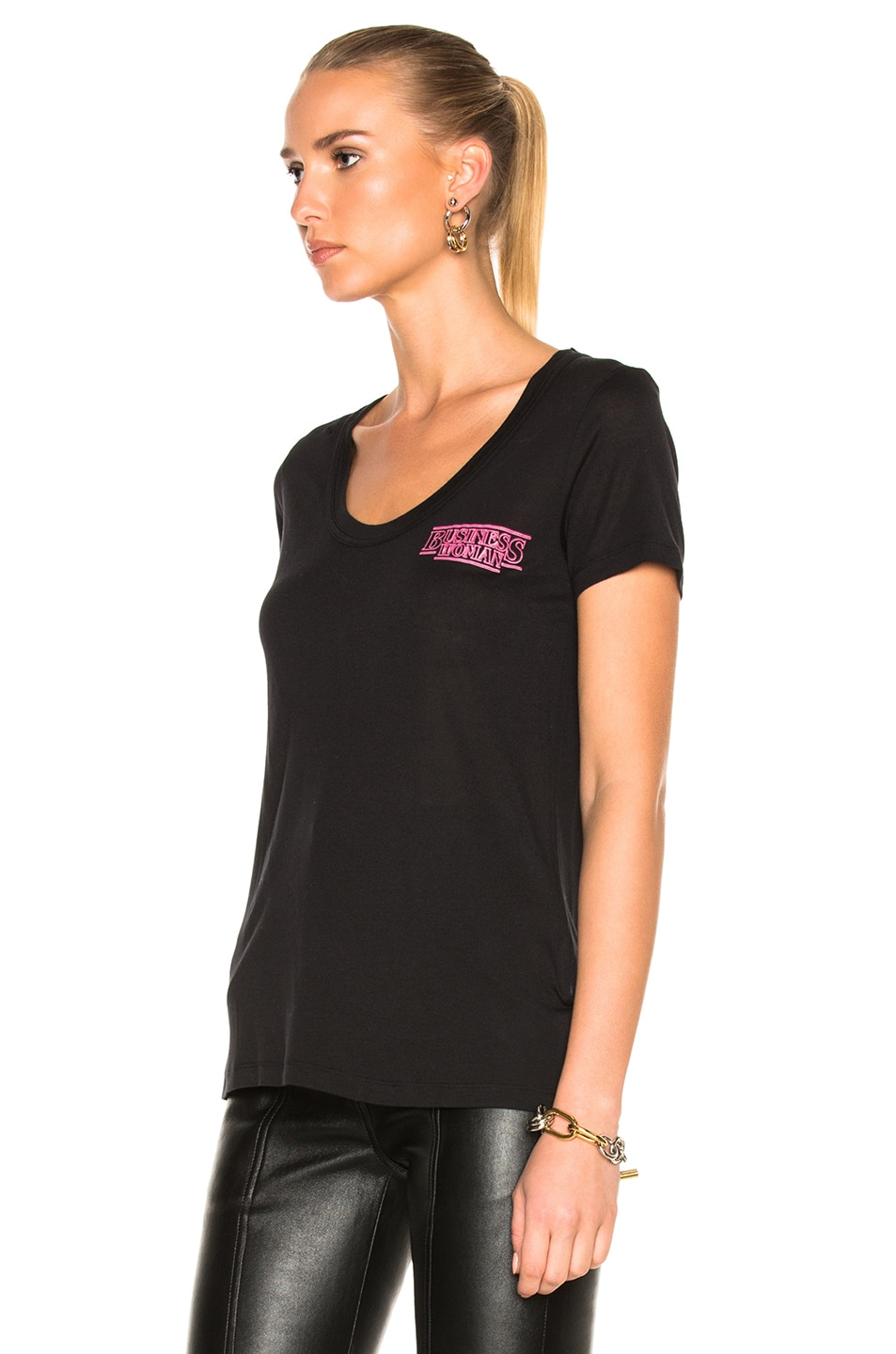 Image 3 of OFF-WHITE Business Scoop Tee in Black & Fuchsia