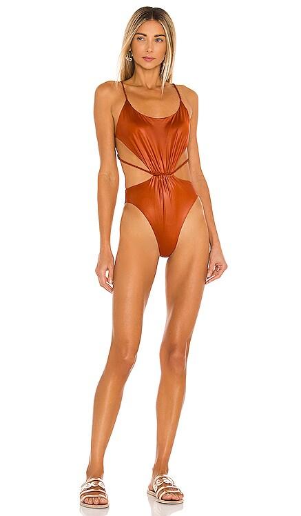 Nadine Pavana One Piece Agua Bendita $150