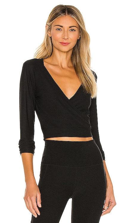 Day and Night Cropped Pullover Beyond Yoga $72 BEST SELLER