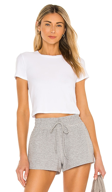 Ruched Down Cropped Tee Beyond Yoga $64 NEW