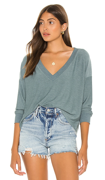 Cropped Long Sleeve Pullover Chaser $77