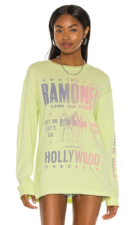 T-SHIRT OVERSIZED MANCHES LONGUES RAMONES HOLLYWOOD DAYDREAMER $87 NOUVEAU