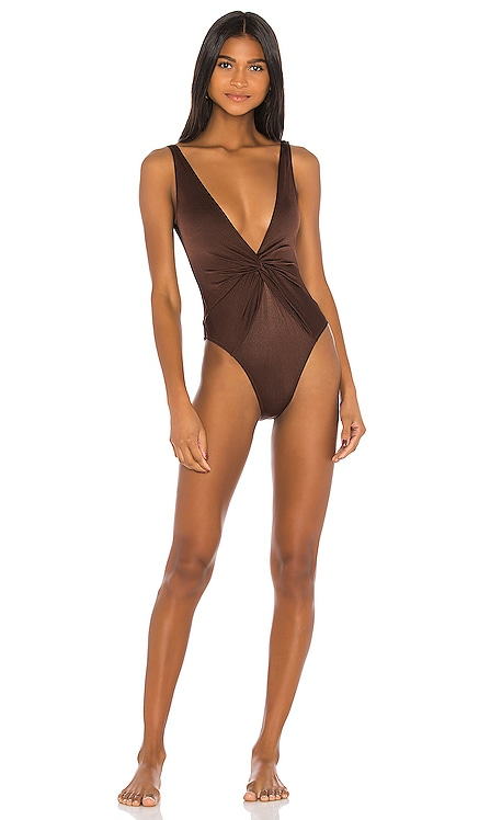 Tannie One Piece Dodo Bar Or $225