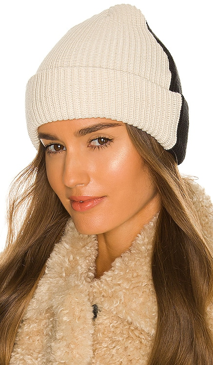 Duo Beanie DONNI. $83 NEW