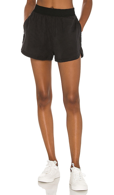 X FP Movement See You Sunday Short Free People $48 NOUVEAU