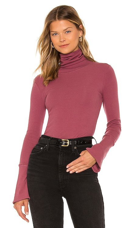 Sydney Layering Top Free People $40 NEW