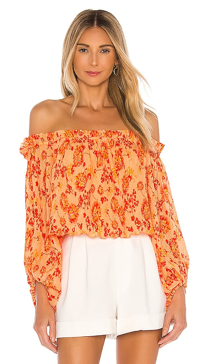 x REVOLVE Kirsi Top House of Harlow 1960 $188