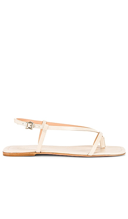x REVOLVE Rory Flat House of Harlow 1960 $148 NEW ARRIVAL