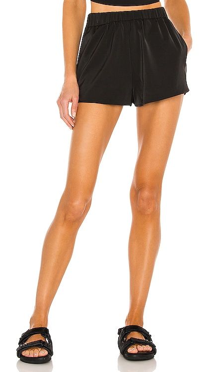Kristian Shorts h:ours $98 NUEVO