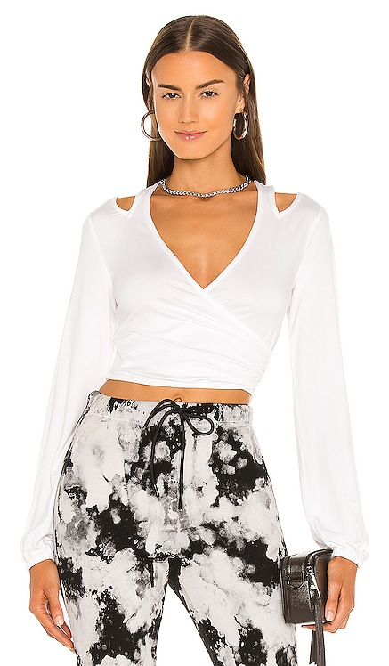 Cut Out Nikkie Top h:ours $88 NUEVO