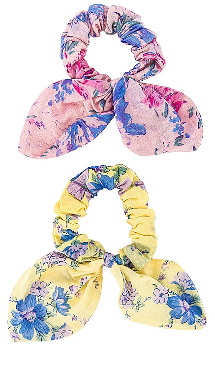 Barefoot In The Sand Scrunchies LoveShackFancy $55 NEW