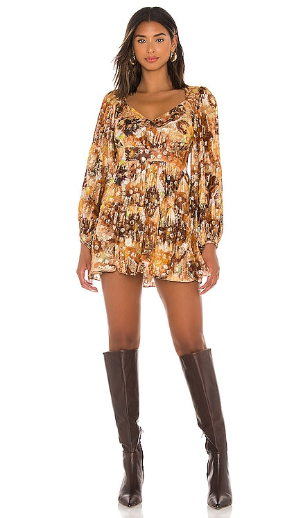 ROBE COURTE WILLIS LoveShackFancy $525 BEST SELLER